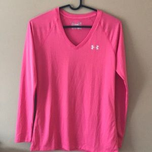 Women's under armor semi-fitted shirt